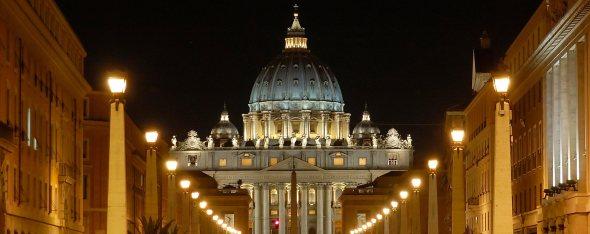 San Pietro: precedente illuminazione